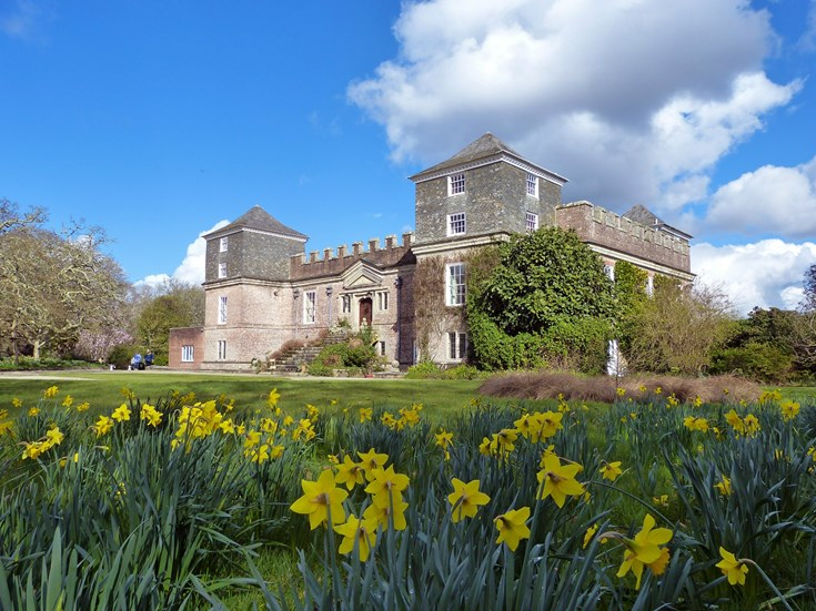 NGS GARDENS OPEN FOR EASTER